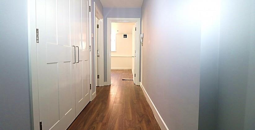 27. hallway1
